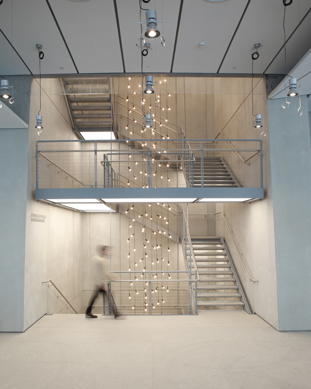 014-Whitney Museum NYC-skew-crop