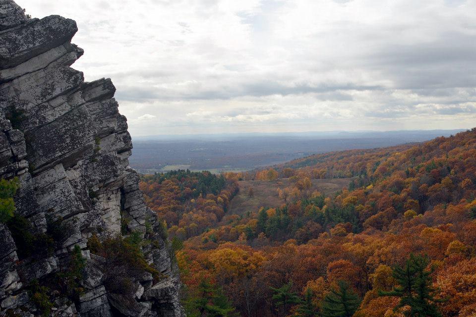 mohonk-preserve-hike-bonticou-crag-ny