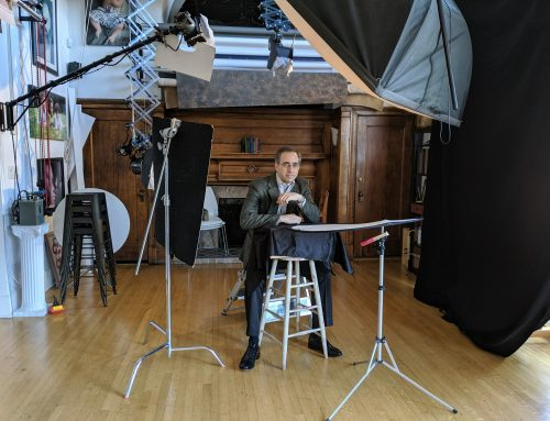 BEHIND THE SCENES at a headshot session